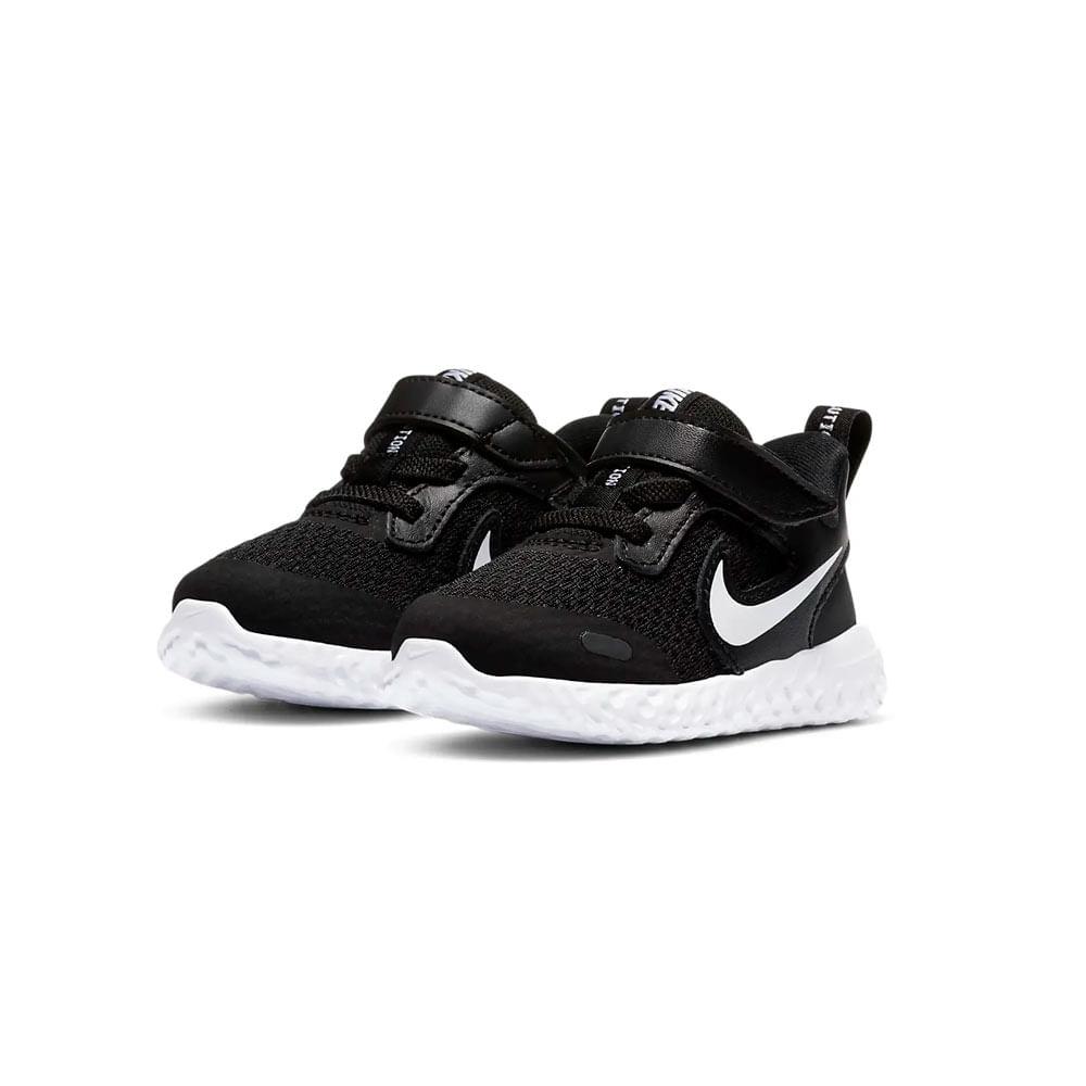 Tenis-Infantil-Nike-Revolution-5--185-ao-26--BQ5673-003--3Q21-